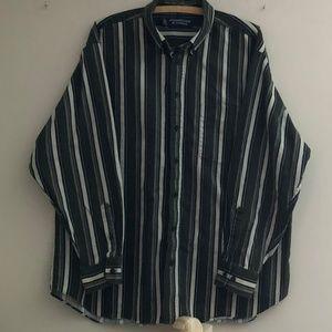 Roundtree & Yorke sz XL Striped Flannel *97H*